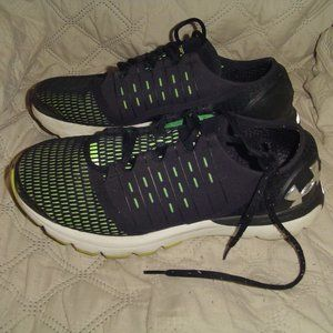 Under Armour Charged Running Shoes  8